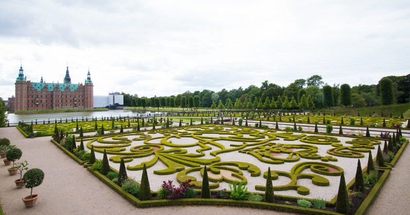 Where to Enjoy Summer in Copenhagen: Our Top 10 Recommendations Frederiksborg Castle Gardens