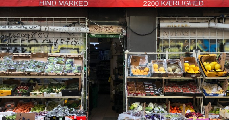 Nørrebro-Neighborhood-Guide-Green-Grocers-Hind-Marked