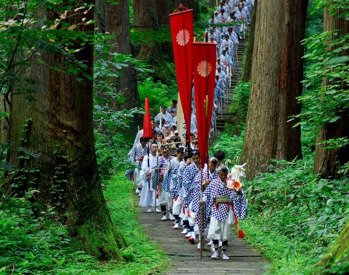 Feeling the eternal history of breathing and the beauty of nature in each season at Yamabushi