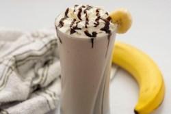 Healthy Chocolate Banana nut shake