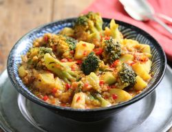 Vegan broccoli curry with red lentils and coconut milk.