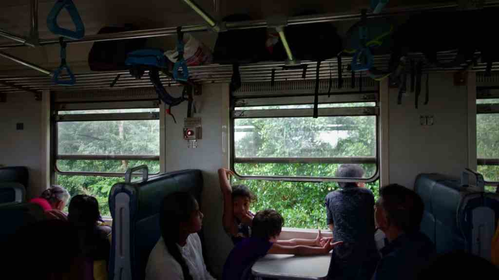 Train Ella to Kandy, third class carriage interior