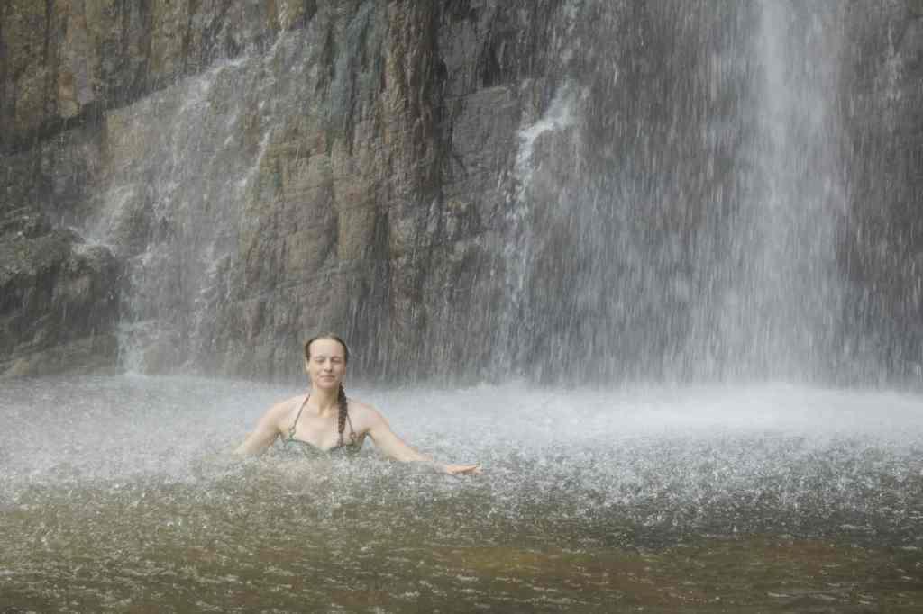 Diyaluma waterfall; slowly getting closer to the source