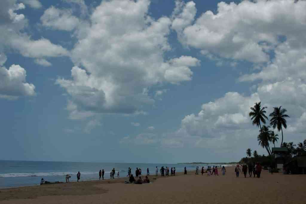 Best things to do in Sri Lanka- Relax and Swim at Nilaveli Beach