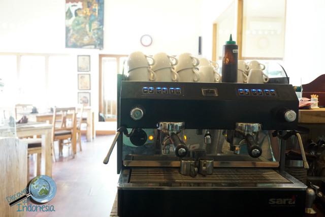 cafe with great coffee in Yogyakarta