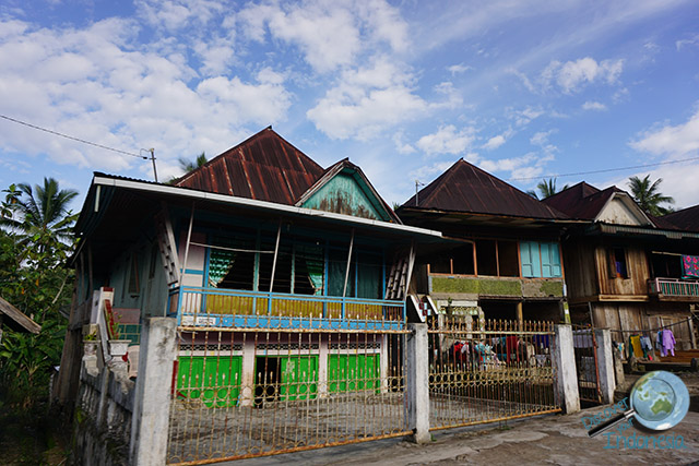 houses south sumatera