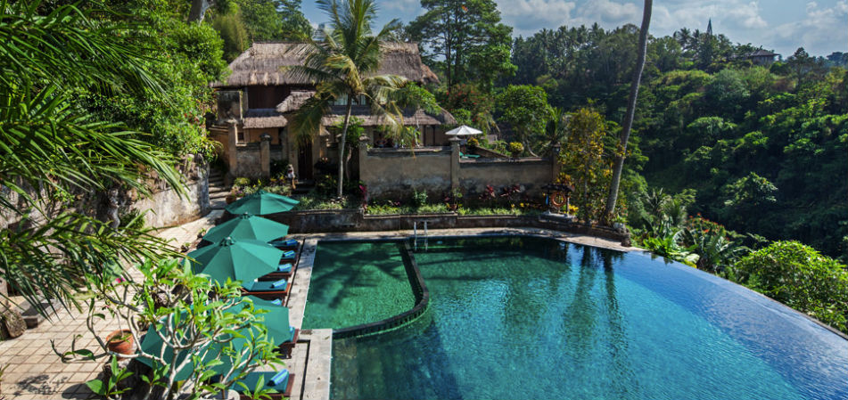 7 luxury resorts in ubud with amazing infinity pools and for Pool design bali