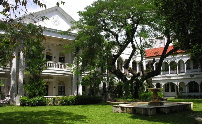 front-hotel-majapahit-surabaya