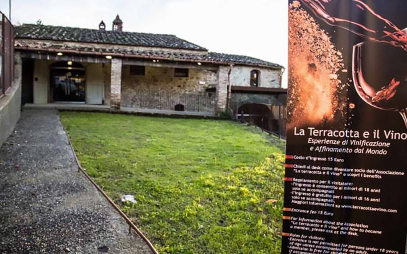 la terracotta e il vino - Ingresso-fornace-Agresti