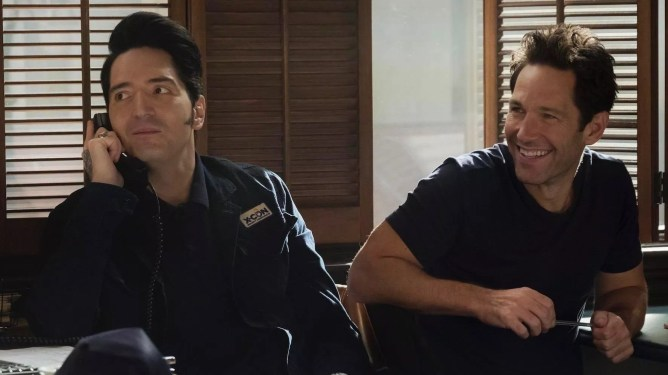 David Dastmalchian and Paul Rudd sit friendly together as seen in Marvel's Ant-Man and the Wasp.