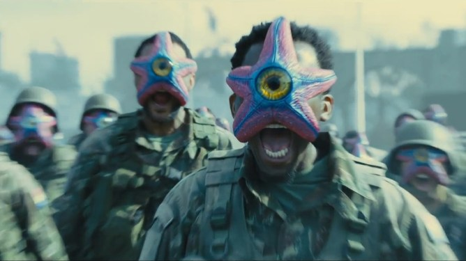 Starro the Conqueror takes control over an army of dead soldiers with miniature starro clones on their faces as seen in THE SUICIDE SQUAD directed by James Gunn.
