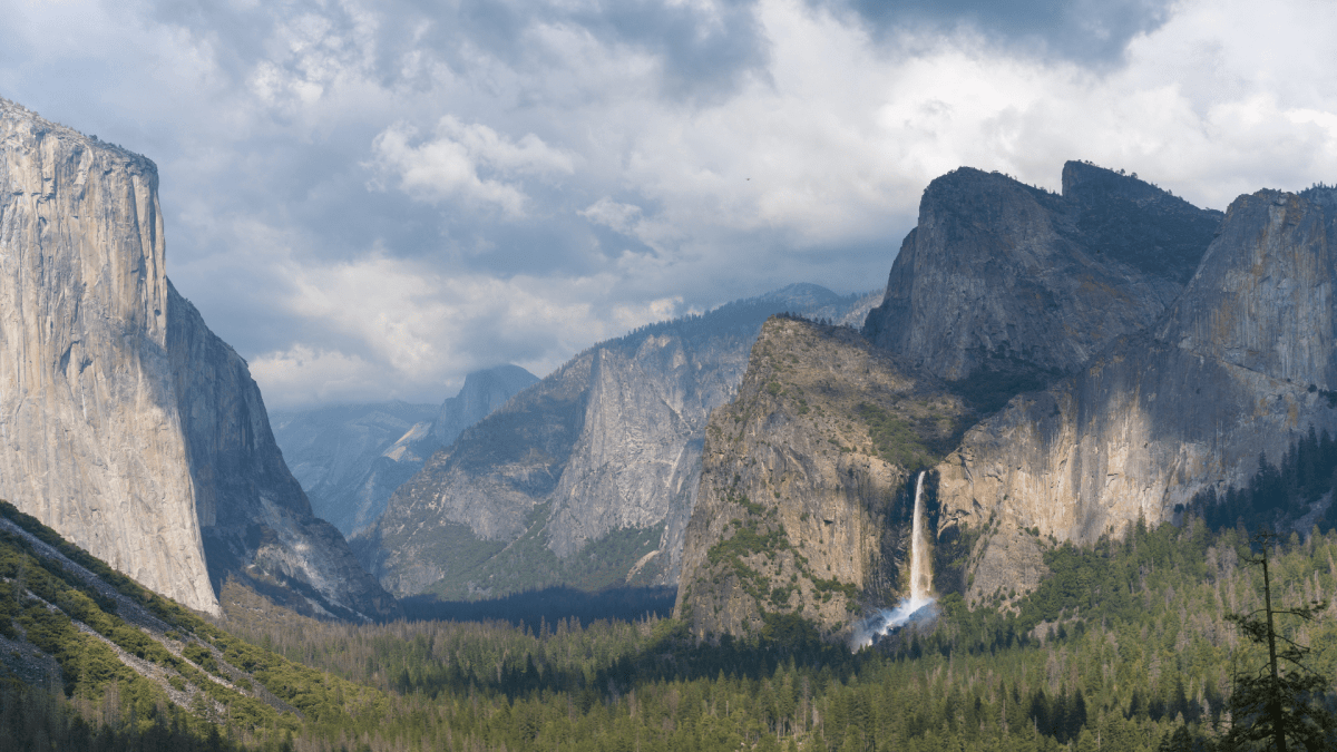 Rainbow Waterfall at Yosemite National Park
