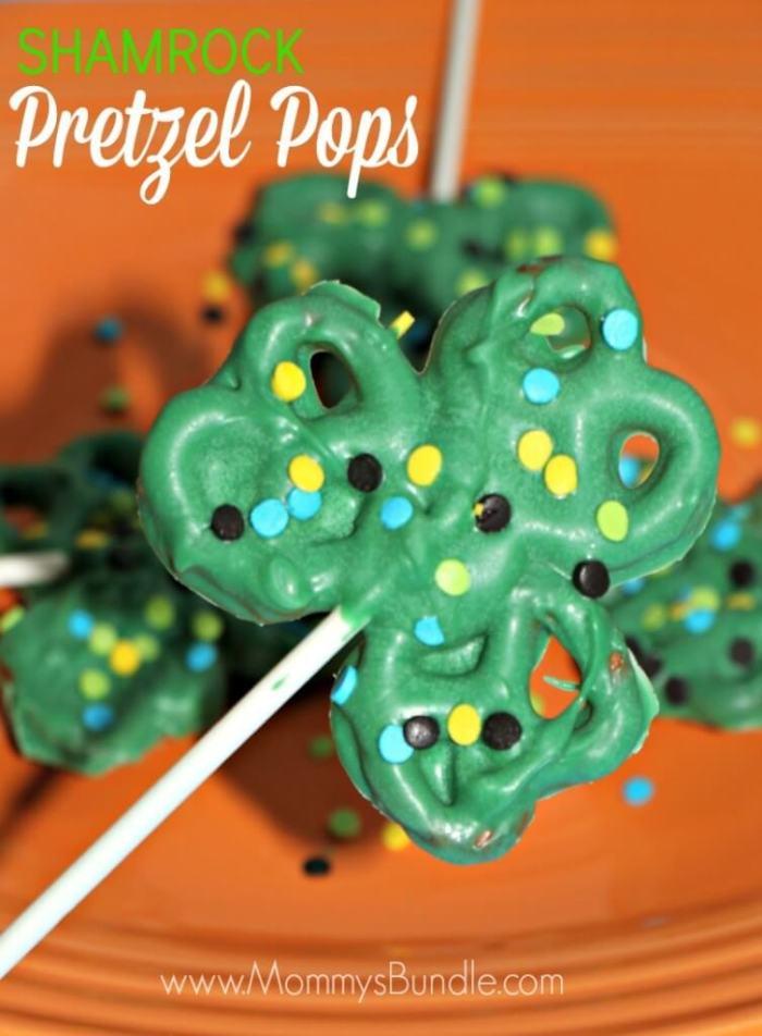 Shamrock Pretzel Pops from Mommy's Bundle
