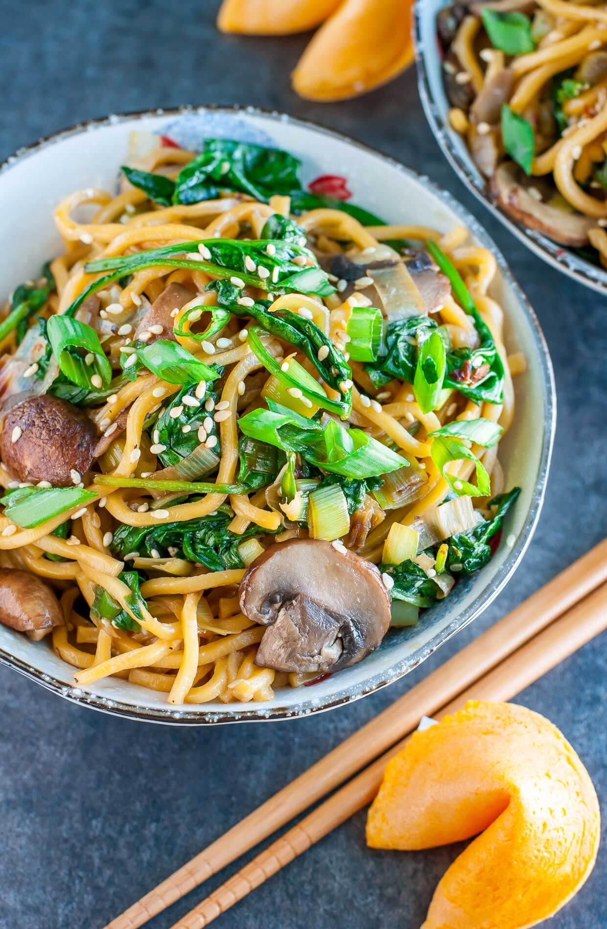 Spinach Mushroom Leek Long Life Noodles from Peas & Crayons