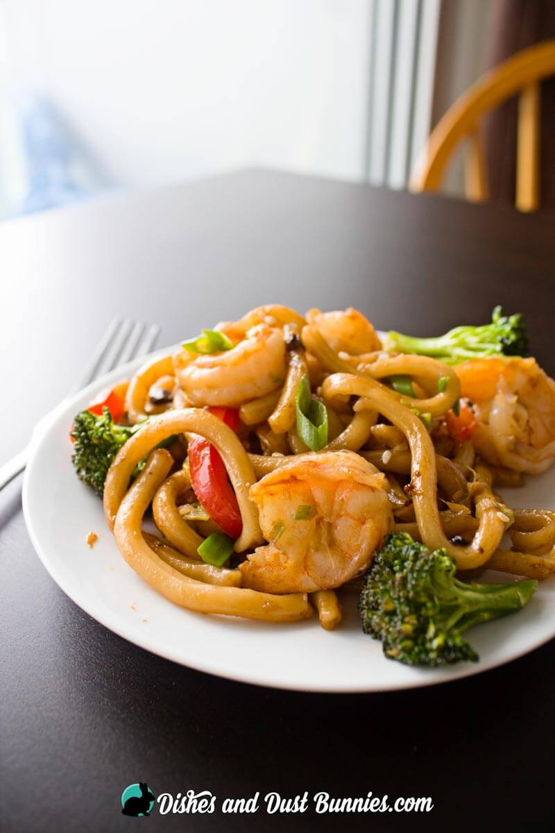 Ginger and Garlic Shrimp Noodle Stir Fry - Dishes and Dust ...