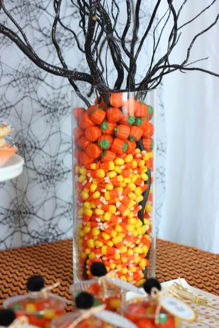 Halloween Candy Centerpiece from Wants & Wishes