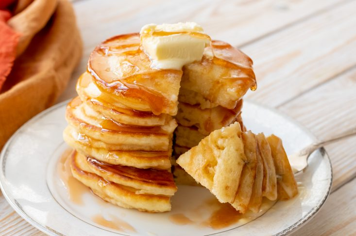 The Best fluffy Buttermilk Pancakes from Mom on Timeout