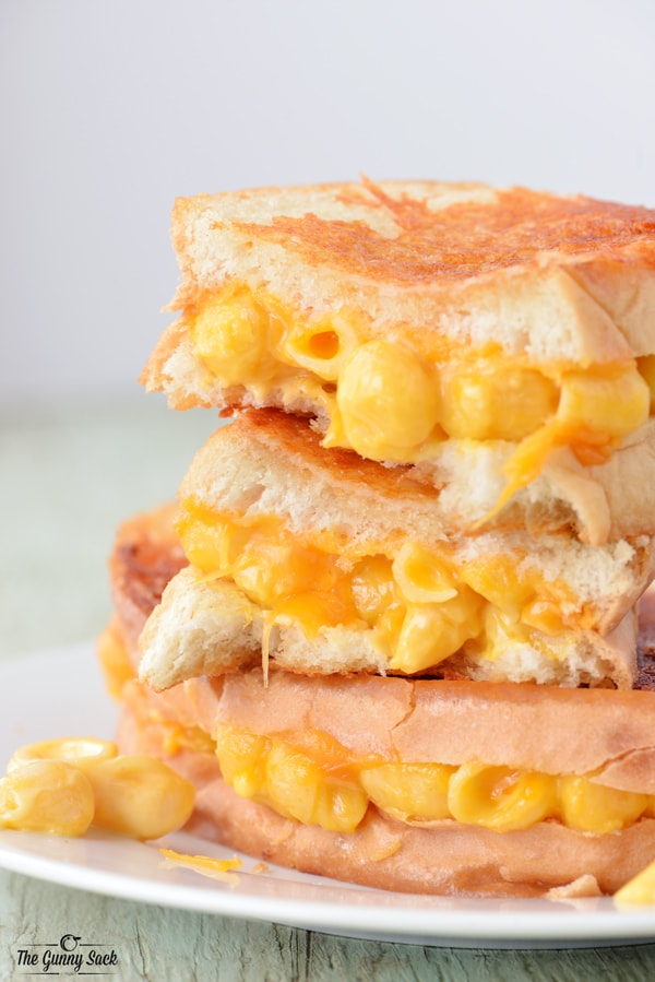 Grilled Macaroni and Cheese Sandwiches from The Gunny Sack
