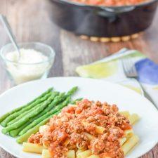 The fabulously meaty ragu Bolognese gravy on pasta ready to be eaten