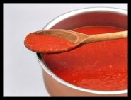 Tomato~ This sauces is common for meat and vegetables, but is perhaps best known as sauces for pasta dishes.