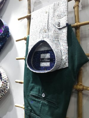 Pantalones en DISHOM, tienda de ropa para hombres en Soria