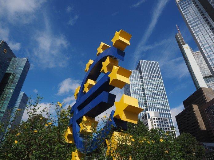 ¿Estamos perdiendo el control sobre el Euro?