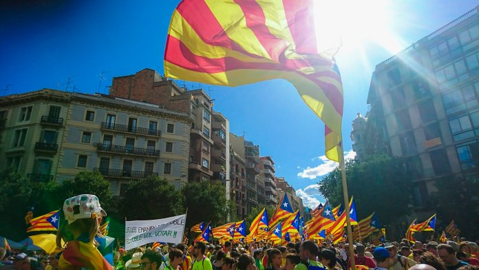 Lo que realmente está ocurriendo en Cataluña y nadie le cuenta