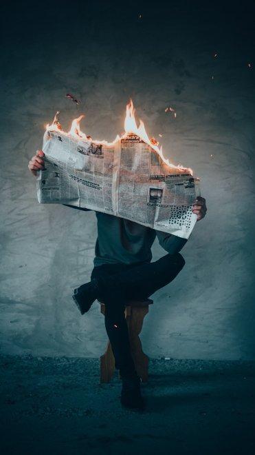 Los medios como pantallas que ocultan parte de la realidad