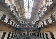 La cárcel como reinserción, las pensiones como solidaridad y otras mentiras