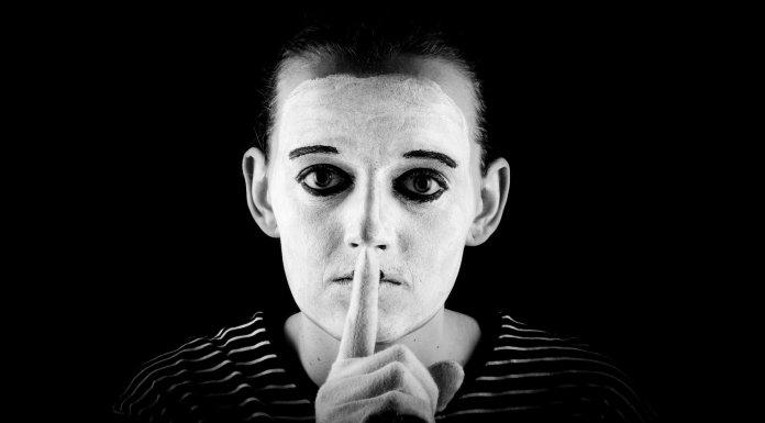 Cuando el silencio nos convierte en cómplices de la censura