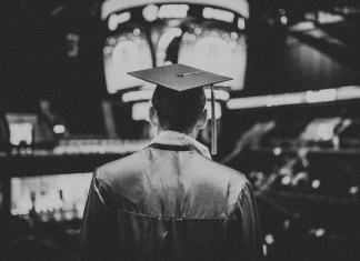 El 'totalitarismo blando' y la auto selección izquierdista en las Universidades