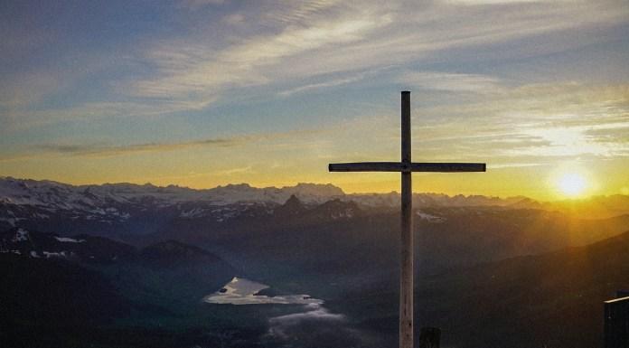 Con los pies en la Iglesia perseguida