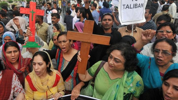 f_pakistan_protests_130923.jpg