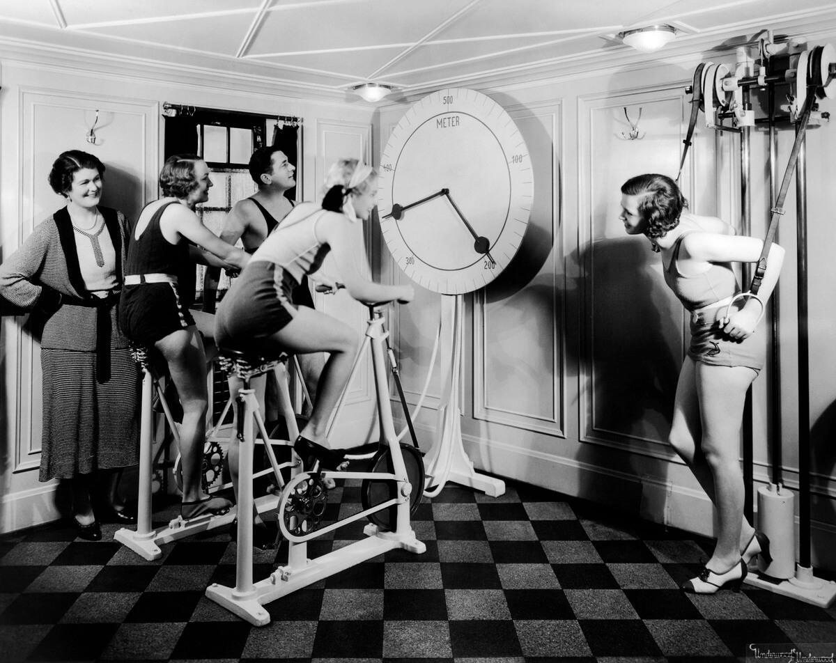 1930s women on exercise bikes
