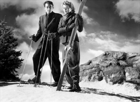 Still from Spellbound of Gregory Peck and Ingrid Bergman skiing.