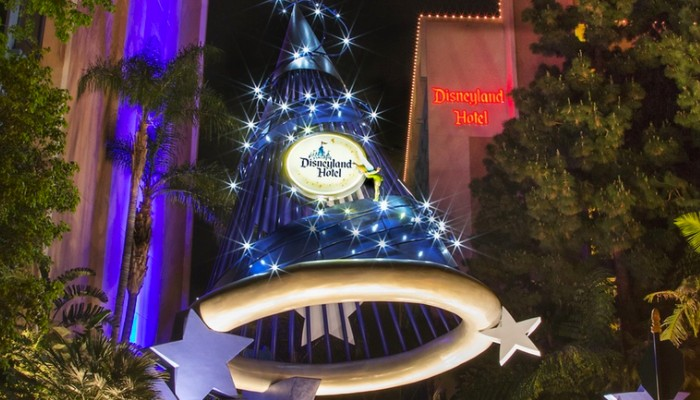 Are There Any Special Offers for Disneyland?