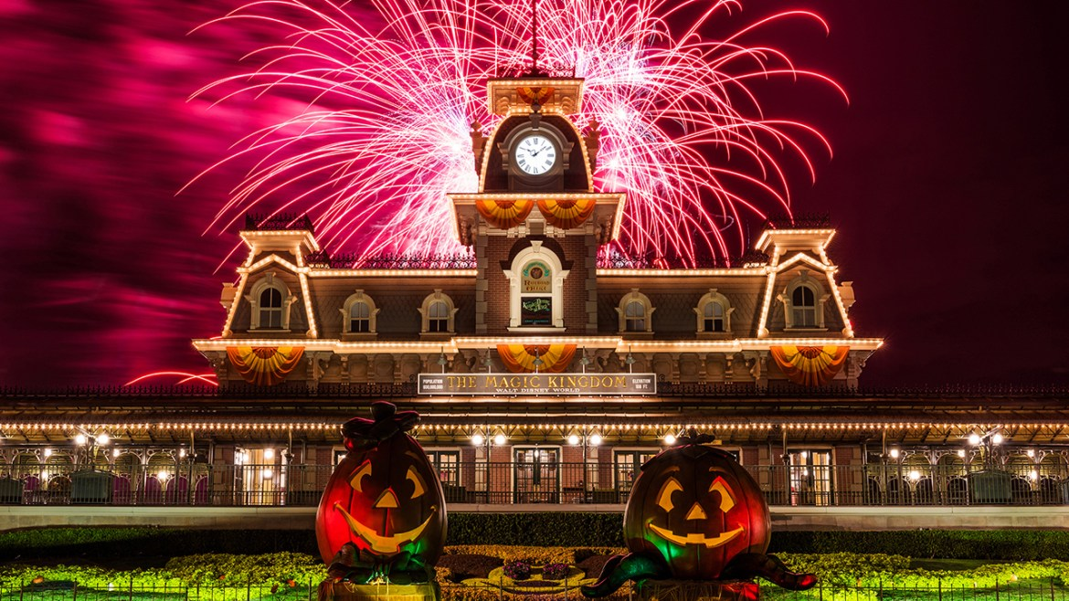 10 Quick Tips to Help You Enjoy Mickey's Not So Scary Halloween Party
