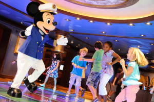 "What is Disney Cruise Line's ""Dine and Play"" Program? 43"