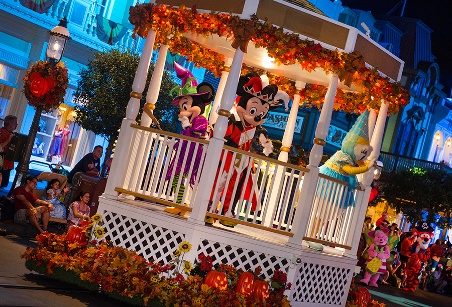 5 of Our Favorite Moments from Mickey's Not-So-Scary Halloween Party