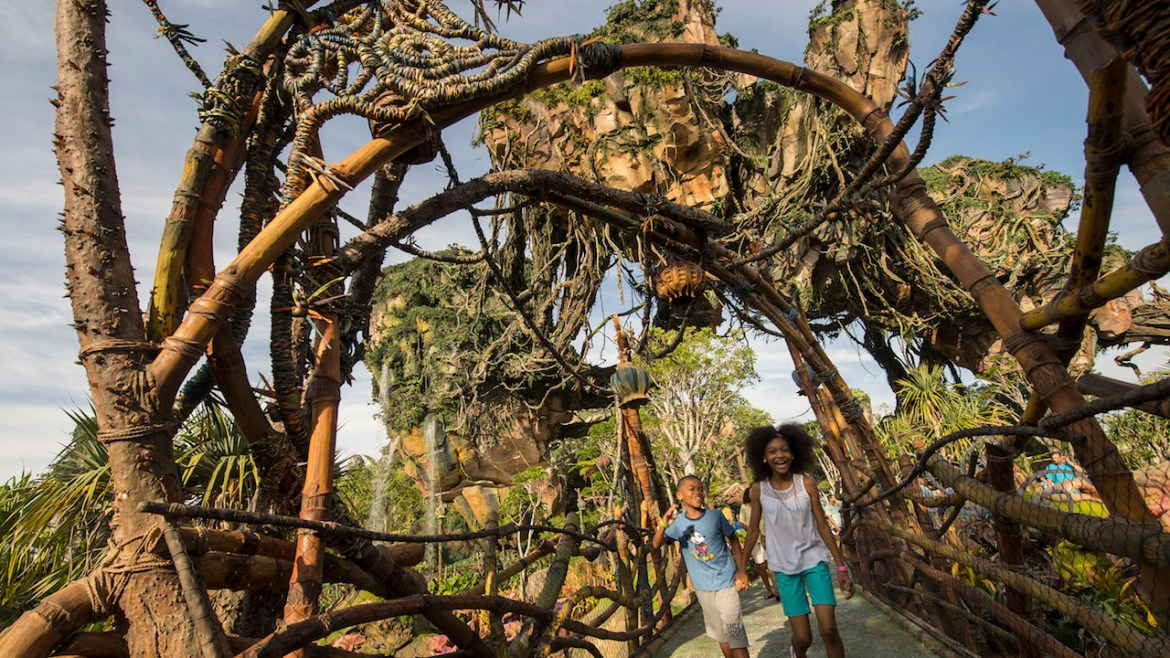 10 Things We Love About Pandora -The World of Avatar on Its First Anniversary