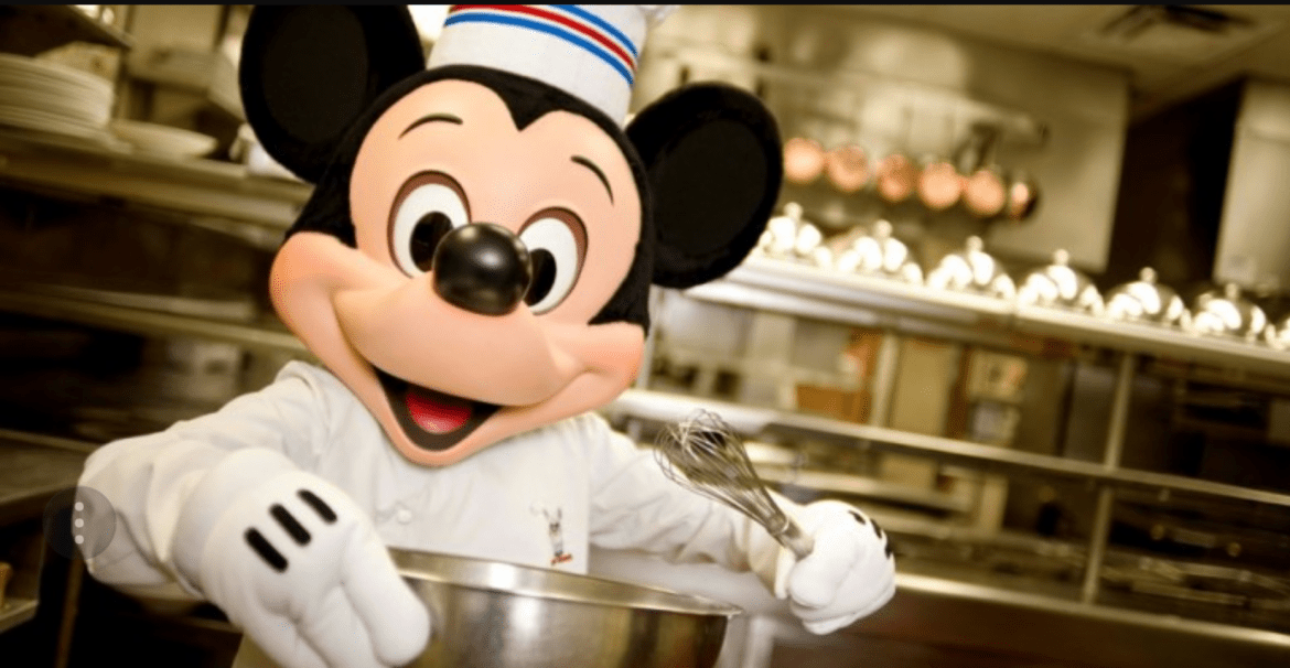 Dining In Disney World: Making The Most Of The Dining Plan