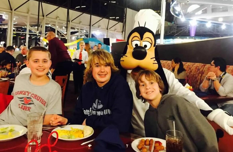 Free-Range Kids at Disney World