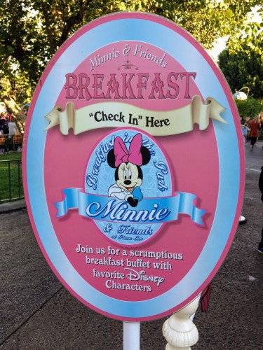 Minnie & Friends Breakfast at Disneyland