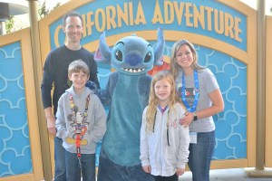 Disney Visa Meet and Greet with Stitch