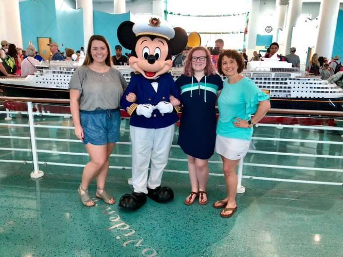 Cruise Casual with Captain Mickey