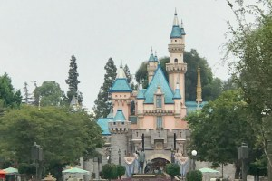 Disneyland from the Eyes of a Disney World Addict 56