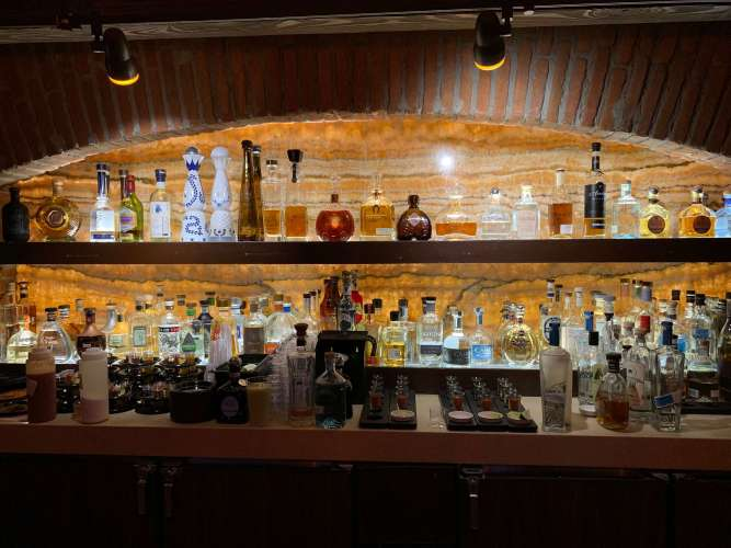 Best Adult Beverages in Epcot's World Showcase