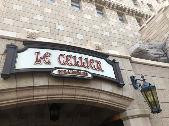 What Restaurants Require 2 Table Service Credits at Walt Disney World? 2