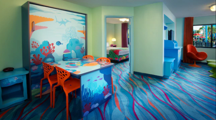 Finding Nemo Family Suite Art of Animation