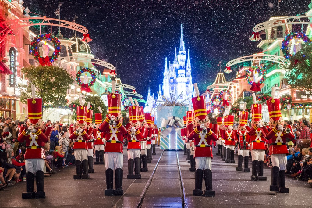 7 Reasons Why We Can't Wait To Ring in the Holidays at Walt Disney World